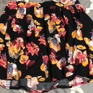 Frenchi medium black floral skirt
